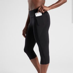 Athleta Stash Pocket Capri